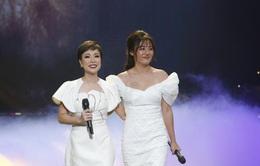 Uyên Linh - Văn Mai Hương ôm nhau cảm ơn Vietnam Idol vì... tự dưng được nổi tiếng