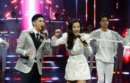 Noo Phước Thịnh - Đông Nhi chăm sóc nhau ân cần trong đại tiệc mừng sinh nhật VTV3