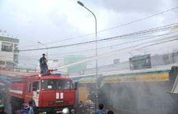 Phú Quốc: Hàng chục cán bộ chiến sĩ tham gia chữa cháy