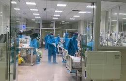 Bộ Y tế yêu cầu 3 bệnh viện chuẩn bị nhân lực điều trị bệnh nhân COVID-19
