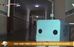 Học sinh Triều Tiên phát triển robot khử khuẩn