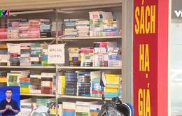Sách lậu tràn lan trên thị trường