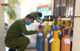 Đà Nẵng: Phát hiện kho bình khí cười trong khu dân cư
