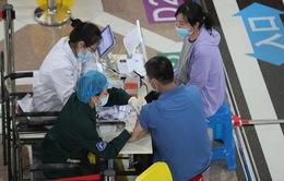 Trung Quốc đẩy nhanh tiến độ, tiêm 20 triệu liều vaccine mỗi ngày