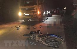 Bình Phước: Xe tải lấn làn tông trực diện xe máy, 2 người tử vong