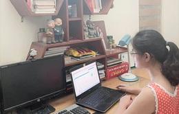 Học sinh lớp 12 ở Hà Nội hoàn thành khảo sát trực tuyến