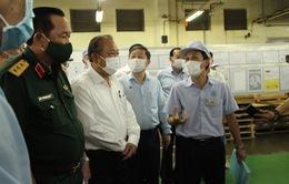 Phó Thủ tướng Trương Hòa Bình kiểm tra công tác phòng dịch COVID-19 tại khu chế xuất