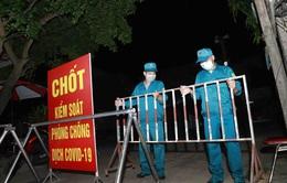 Thêm 8 ca nghi mắc COVID-19 liên quan ổ dịch do ca bệnh người Trung Quốc