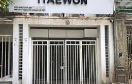 Hà Nội: Phát hiện 6 người lén lút hát trong quán karaoke ở Cầu Giấy