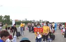 Bắc Giang đảm bảo an toàn khi đưa công nhân trở về địa phương