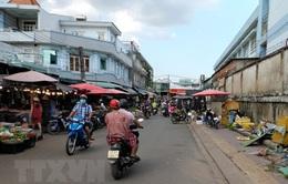 Bình Dương tạm dừng hoạt động các chợ tự phát