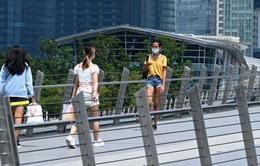 Singapore hướng tới ngừng đếm số ca mắc COVID-19 mỗi ngày sau khi hoàn thành tiêm chủng