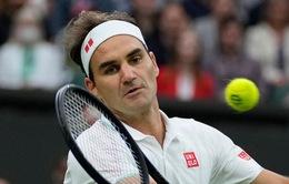 Đối thủ bỏ cuộc, Roger Federer thẳng tiến vào vòng 2 Wimbledon 2021