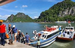 Quảng Ninh mở lại nhiều hoạt động dịch vụ, du lịch