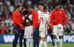 Ba cầu thủ của ĐT Anh bị phân biệt chủng tộc