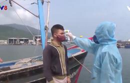 Đà Nẵng thắt chặt kiểm soát phòng dịch tại cảng cá