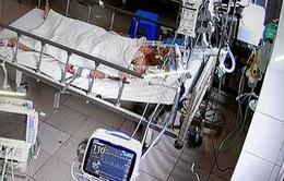 Mổ cấp cứu bắt con cho thai phụ mắc COVID-19 có nhiều biến chứng