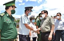 Thủ tướng yêu cầu tập trung hỗ trợ phòng, chống dịch tại các tỉnh, thành phố thực hiện giãn cách xã hội
