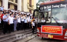 """Mang y đức và tình cảm """"chia lửa"""" với lực lượng y bác sĩ tại tâm dịch TP Hồ Chí Minh"""
