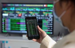 """""""Bank, chứng, thép"""" hút dòng tiền, VN-Index tăng chạm mốc 1.290 điểm"""