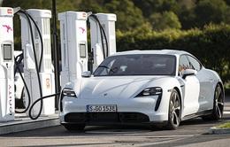 Porsche triệu hồi xe Taycan trên toàn thế giới do nguy cơ chết máy đột ngột