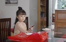 Mùa hoa tìm lại - Tập 20: Thủy vô sinh, bé Ngân nhanh trí nghĩ cách gọi bố Đồng đến giải cứu