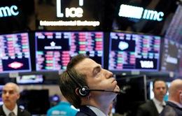 """Các ngân hàng ở Phố Wall """"bội thu"""" phí IPO"""