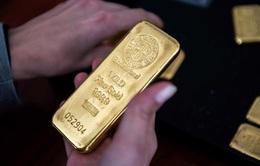 Giá vàng vững mốc trên 1.800 USD/ounce