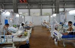 Đường dây nóng của Trung tâm Hồi sức tích cực COVID-19 Bệnh viện Bạch Mai tại TP.HCM luôn nóng