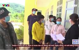 Phú Yên hỗ trợ 13 người dân tộc thiểu số H'rê ở Quảng Ngãi về quê