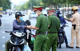 Hà Nội: Phòng CSGT và công an xã, phường cấp giấy đi đường