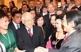Bộ Chính trị yêu cầu thực hiện tốt công tác người Việt Nam ở nước ngoài trong tình hình mới