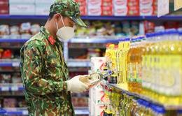 """""""Đi chợ hộ"""" không phải là nhiệm vụ chính của của quân đội"""