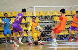 ĐT futsal Việt Nam tích cực tập các tình huống cố định trước trận đấu với tuyển Brazil