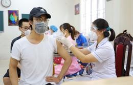 Hà Nội tiêm gần 1 triệu mũi vaccine ngừa COVID-19 trong 2 ngày