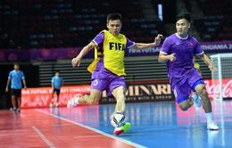 ĐT futsal Việt Nam làm quen sân thi đấu chính thức trận gặp Brazil