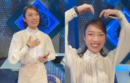 """Khánh Vy """"Đường lên đỉnh Olympia"""" nói giọng Nghệ An, tạo hình trái tim tặng MC Diệp Chi"""
