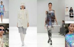 Siêu mẫu Thúy Hương trên sàn catwalk London Fashion Week SS14