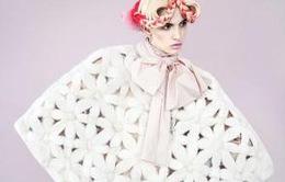 Sắc màu đón Giáng sinh trên Tạp chí thời trang Bazaar