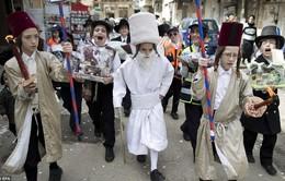 Lễ hội Purim hóa trang đầy màu sắc