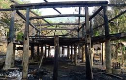 Sau vụ cháy, nhà Lang 100 tuổi vẫn có thể phục dựng lại