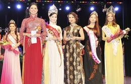 Hoa hậu quý bà châu Á diện áo dài trong cuộc thi sắc đẹp tại Mỹ