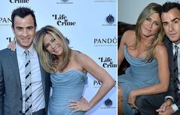 Vợ cũ của Brad Pitt đã sẵn sàng làm mẹ