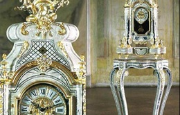 Nhà cực sang với đồng hồ mang phong cách hoàng gia Pháp