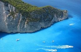 Navagio - bãi biển đẹp nhất Hy Lạp