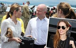 Angelina Jolie âm thầm kết hôn với Brad Pitt?