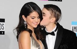 Justin Bieber - Selena Gomez sẽ làm giám khảo American Idol?