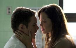 Ethan Hawke không quên được nụ hôn với Angelina Jolie