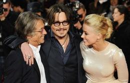 Tình mới của Johnny Depp tự hào là người lưỡng tính