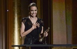 Angelina Jolie có thể làm mọi thứ vì tình yêu của Brad